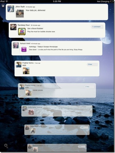 FriendCaster for Facebook Scrolling