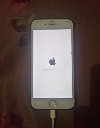 iPhone state during flashing
